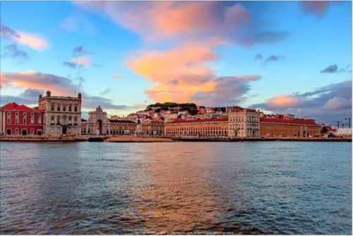 Terreiro do Paço seen from Tagus river